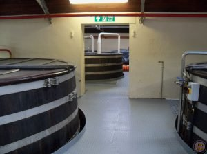 Sala de fermentación-Elaboración del whisky
