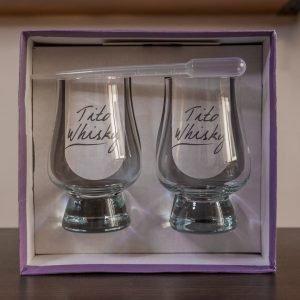 Caja de 2 copas de whisky de tito whisky